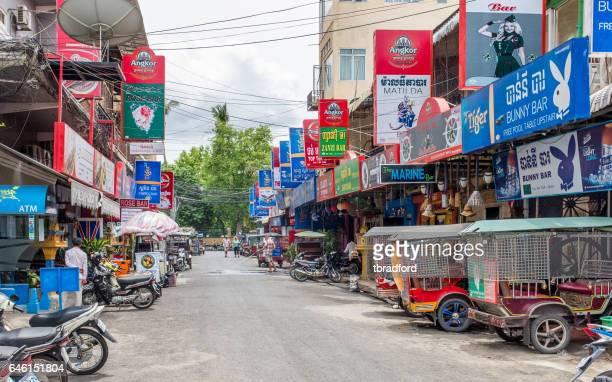 バーストリート プノンペン (カンボジア) における 104 - night life in cambodian capital phnom penh ストックフォトと画像