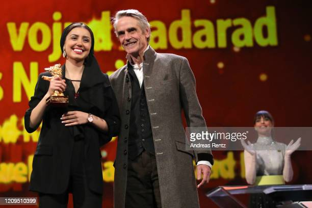 Baran Rasoulof receives the Golden Bear for Best Film for the film There Is No Evil on behalf of her father absent Iranian director Mohammad Rasoulof...