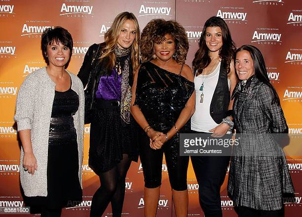 Barb Alviar Actress/model Molly Sims Music Legend Tina Turner Summer Rayne Oaks and Faith Kates Kogan backstage at the Amway Global presentation of...