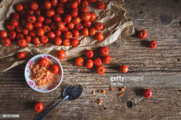 barbados cherry... - acerola imagens e fotografias de stock