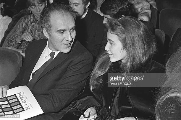 Barbara at the Olympia on April, 1969-Michel Piccoli and his daughter Cordelia Anne came to listen to Barbara at the Olympia.