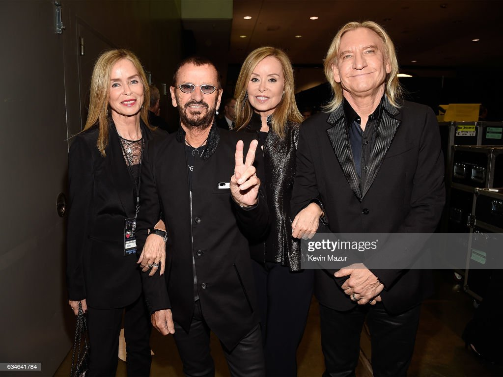 59th GRAMMY Awards - MusiCares Person of the Year Honoring Tom Petty  -  Backstage : News Photo