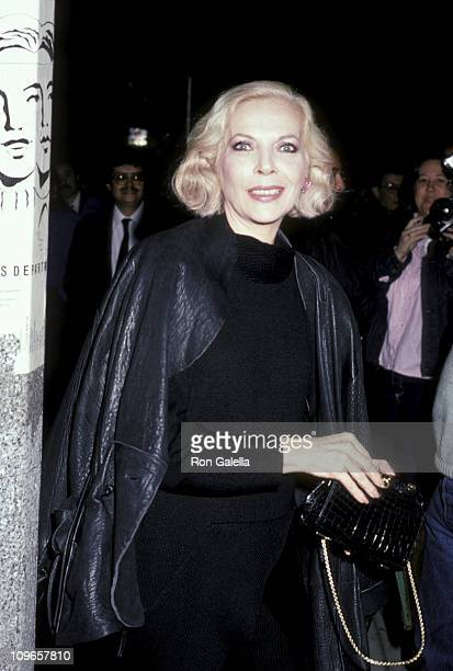 Barbara Bain during Barbara Bain Sighted at Flow Ace Gallery November 19 1985 at Flow Ace Gallery in Los Angeles California United States