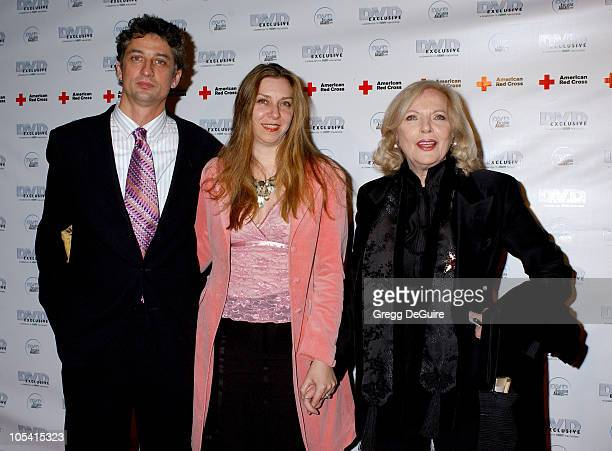 Barbara Bain with daughter Susan Landau Finch and husband