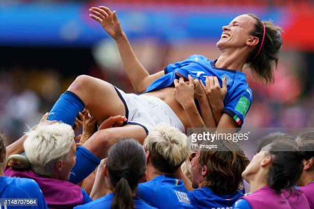 Barbara Bonansea of Italy and the player's of Italy celebrate after winning the during the 2019 FIFA Women's World Cup France group C match between...