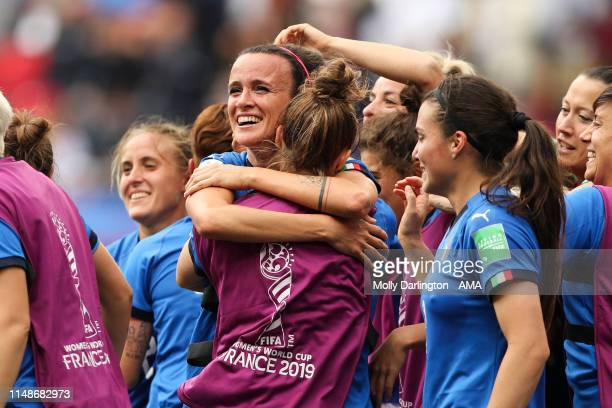 Barbara Bonansea of Italy celebrates victory with team mates after the 2019 FIFA Women's World Cup France group C match between Australia and Italy...