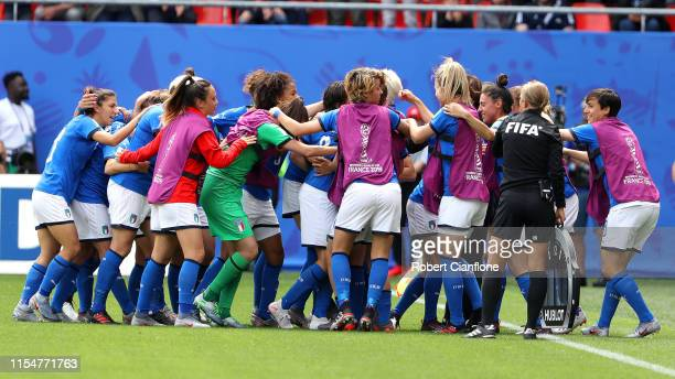 Barbara Bonansea of Italy celebrates with teammates after scoring her team's first goal during the 2019 FIFA Women's World Cup France group C match...