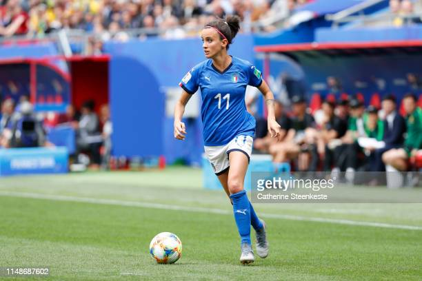 Barbara Bonansea of Italy controls the ball during the 2019 FIFA Women's World Cup France group C match between Australia and Italy at Stade du...
