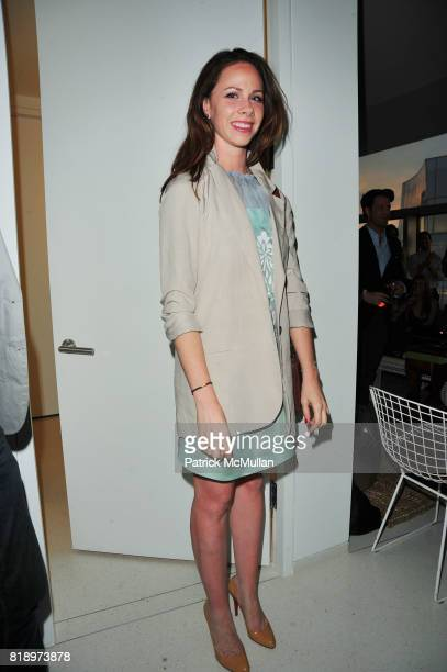 Barbara Bush attends Carlos Huber Nate Berkus and Ahmad Sardar Afkhami honor Alondra de la Parra Founder and Artistic Director of the Philharmonic...