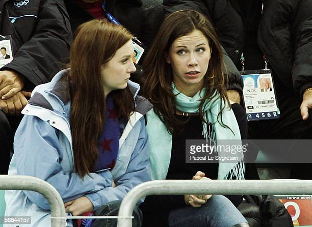 Barbara Bush daughter of USA president George W Bush watches the skating in the men's 500m speed skating final during Day 3 of the Turin 2006 Winter...