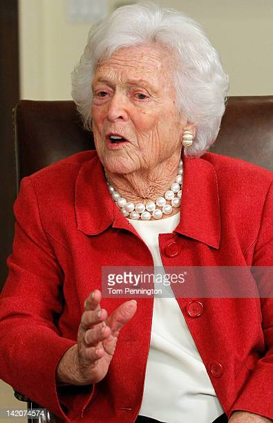 Barbara Bush talks with Republican presidential candidate former Massachusetts Gov Mitt Romney at Former President George H W Bush's office on March...