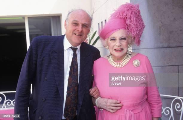 Barbara Cartland et son fils à Paris le 29 avril 1993, France.