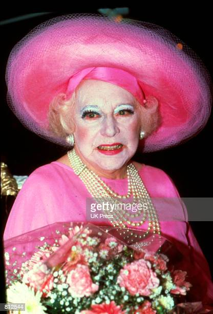 Barbara Cartland promotes beauty creme by Chanel in Great Britain, July 6, 1989.