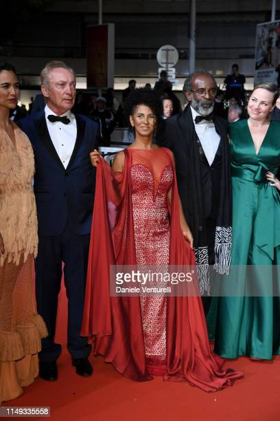 "Barbara Colen, Udo Kier, Danny Barbosa, Wilson Rabelo and guest attend the screening of ""Bacurau"" during the 72nd annual Cannes Film Festival on May..."