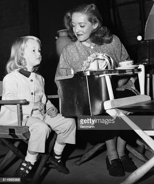 Actress Bette Davis With Her Young Daughter Pictures