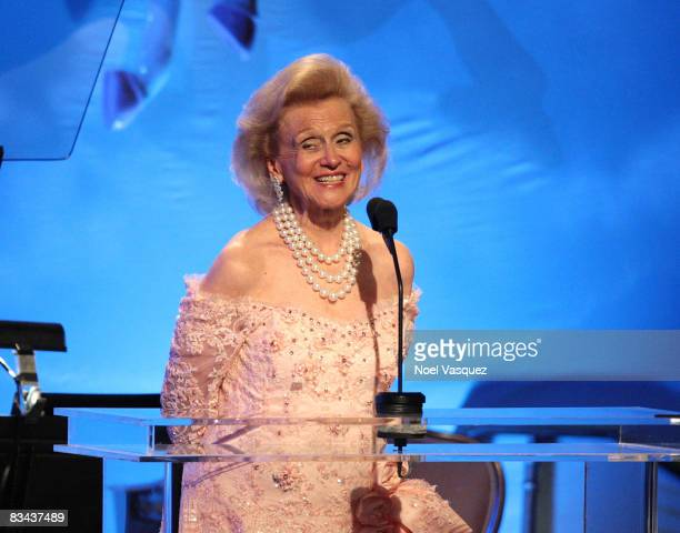 Barbara Davis speaks on stage at the 30th Anniversary Carousel Of Hope Ball at The Beverly Hilton Hotel on October 25, 2008 in Beverly Hills,...