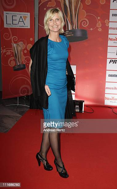 Barbara Hahlweg attends the 'Deutscher Live Entertainment Award PRG LEA 2011' at the Festhalle on April 5 2011 in Frankfurt am Main Germany