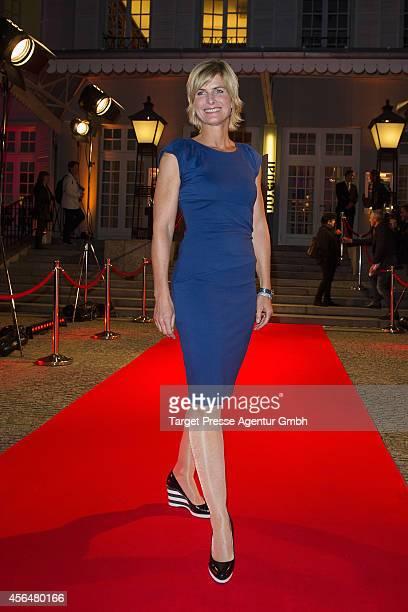 Barbara Hahlweg attends the 'Zwischen den Zeiten' premiere on October 1 2014 in Berlin Germany