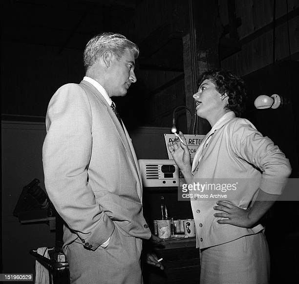 MASON Barbara Hale talks to William Hopper on the set Image dated August 14 1958