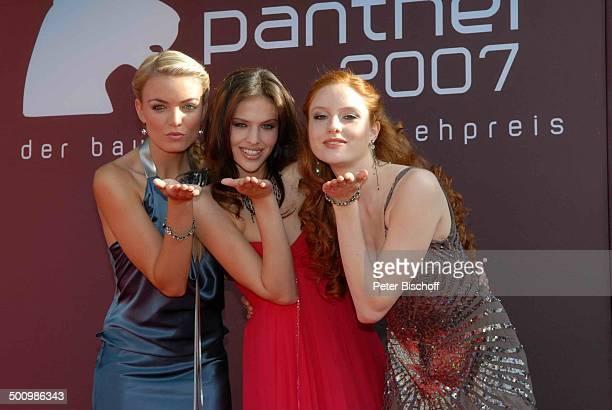 """Barbara , Hana , Anni , Verleihung, Gala Bayerischer Fernsehpreis 2007, Preis: """"Der Blaue Panther"""", Prinzregententheater, München, Bayern,..."""