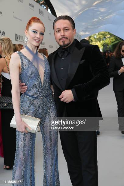 Barbara Meier and Klemens Hallmann attends the amfAR Cannes Gala 2019 at Hotel du Cap-Eden-Roc on May 23, 2019 in Cap d'Antibes, France.