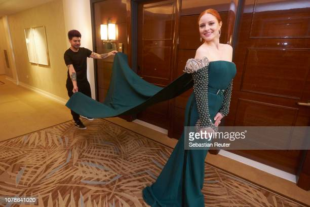 Barbara Meier leaves her hotel suite ahead of the 76th annual Golden Globe Awards at Waldorf Astoria Beverly Hills on January 6, 2019 in Beverly...