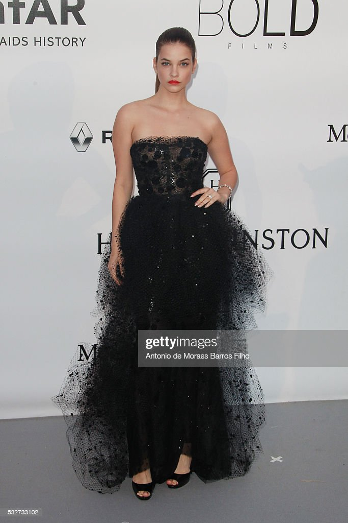 amfAR's 23rd Cinema Against AIDS Gala - Arrivals  - The 69th Annual Cannes Film Festival : News Photo