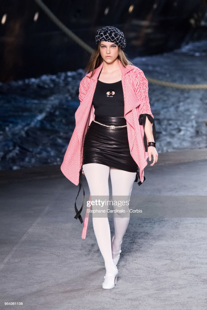 Barbara Palvin walks the runway during the Chanel Cruise 2018/2019 Collection at Le Grand Palais on May 3, 2018 in Paris, France.