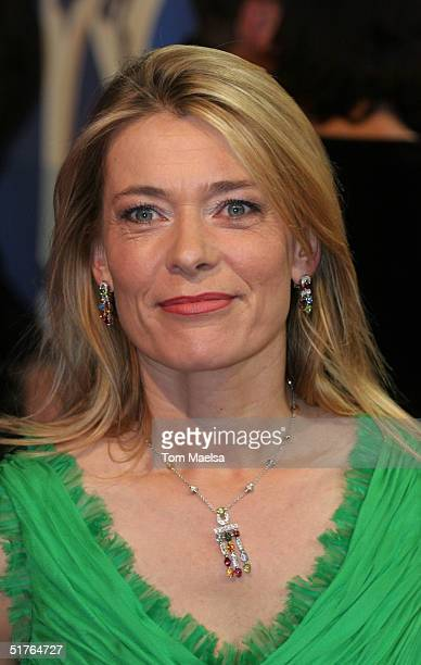 Barbara Rudnik arrives at the Bambi Award at Theater im Hafen on November 18, 2004 in Hamburg, Germany.