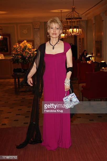 Barbara Rudnik at the Gala Spa Awards Ceremony The burner at the hotel in Baden-Baden