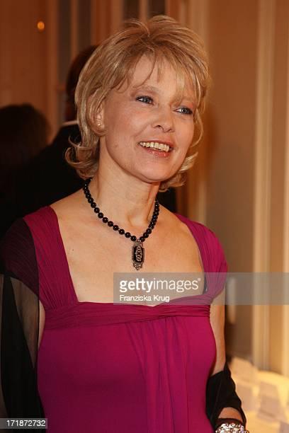 Barbara Rudnik at the Gala Spa Awards Ceremony The burner at the hotel in BadenBaden