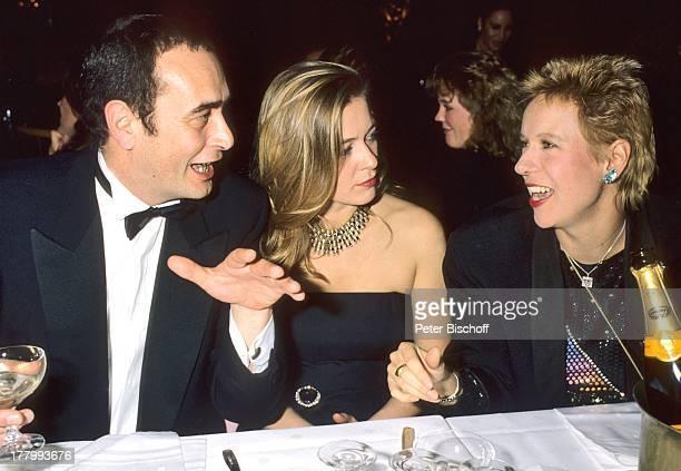 """Barbara Rudnik , Freund Bernd Eichinger, Doris Dörrie , Begleiter , Gala """"Deutscher Filmball 1986"""", """"Hotel Bayerischer Hof"""", München, Bayern,..."""
