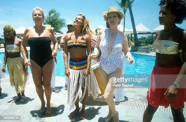 Barbara Valentin Elisabeth Volkmann ZDFSerie Traumschiff Folge Brasilien Südamerika Amerika Palmen Pool Swimming Pool sexy