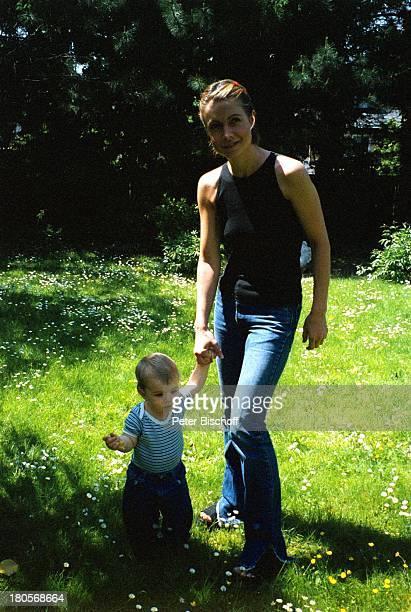 Barbara Weck Sohn Timon Weck HomestoryWien Villa Garten