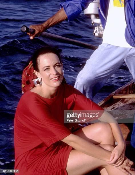 Barbara Wussow am Rande der ZDFSerie 'Insel der Träume' Folge 4 'Der Priester' Thailand