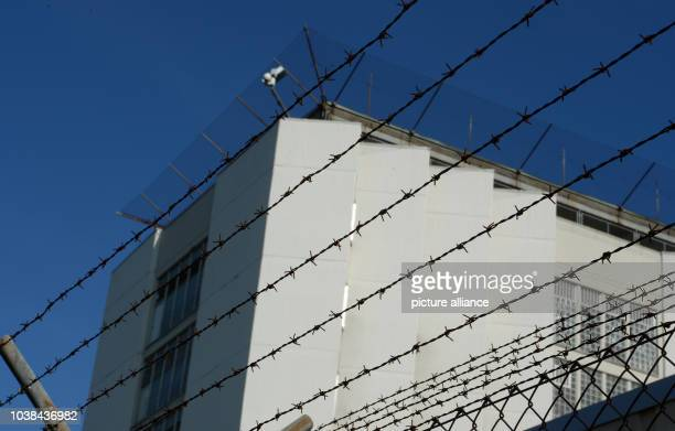 Barbed wire can be seen in front of the prison in Stuttgart Germany 27 June 2016 After the roundup of a drugdealing ring at the Heilbronn prison...