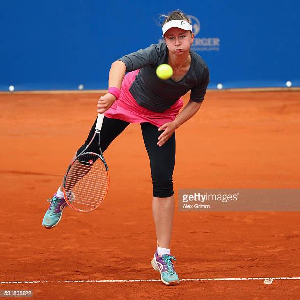 Barbora Krejcikova of Czech Republic returns the ball to Roberta Vinci of Italy during day four of the Nuernberger Versicherungscup 2016 on May 17...