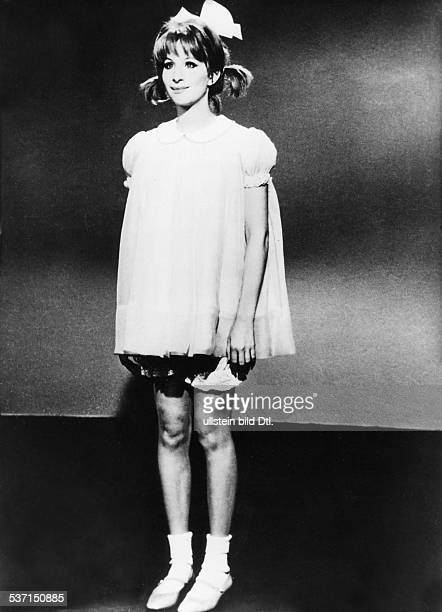 Barbra Streisand,Barbra Streisand,William Wyler,William Wyler , Sängerin, Schauspielerin; USA, Szene aus dem Film 'Funny Girl', Regie: William Wyler,...