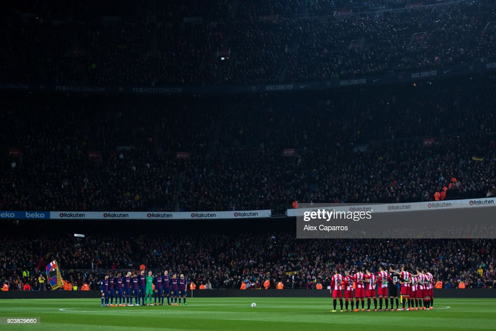 https://media.gettyimages.com/photos/barcelona-and-girona-fc-players-hold-a-minute-of-silence-in-memory-of-picture-id923829660?k=6&m=923829660&s=594x594&w=0&h=NgDGJLnVNsFjfkhjDE3CXvh4mkmI7h4kMuF_RaFoYcM=