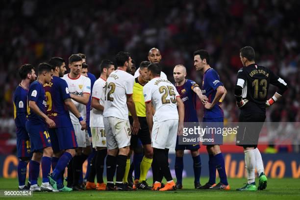 Barcelona and Sevilla FC players argue during the Spanish Copa del Rey Final match between Barcelona and Sevilla at Wanda Metropolitano stadium on...