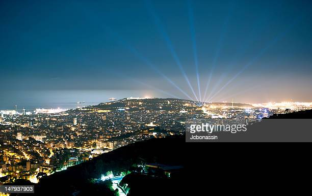 barcelona at night - jcbonassin stock pictures, royalty-free photos & images