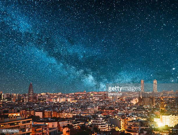 barcelona at night - barcelona spain stock pictures, royalty-free photos & images