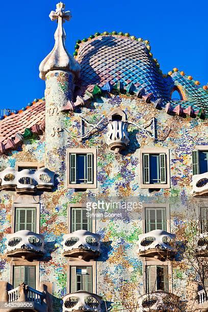 barcelona, casa batllo - casa stockfoto's en -beelden
