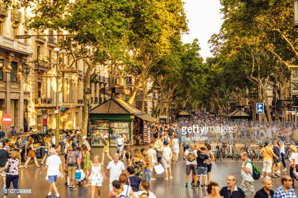 barcelona, catalinia, spain, la rambla - barcelona spain stock photos and pictures