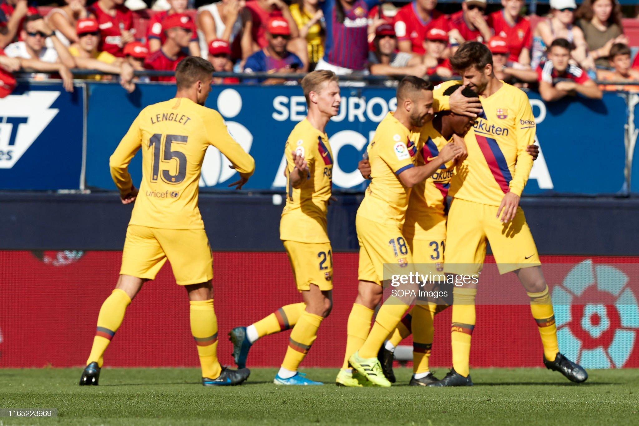 صور مباراة : أوساسونا - برشلونة 2-2 ( 31-08-2019 )  Barcelona-celebrates-a-goal-during-the-spanish-la-liga-santander-ca-picture-id1165223969?s=2048x2048