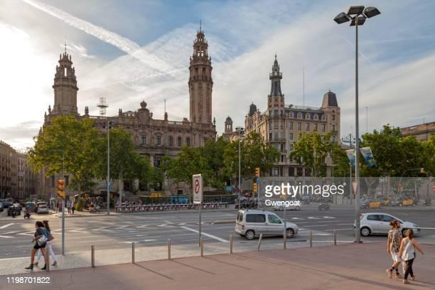 centrale post kantoor van barcelona - gwengoat stockfoto's en -beelden