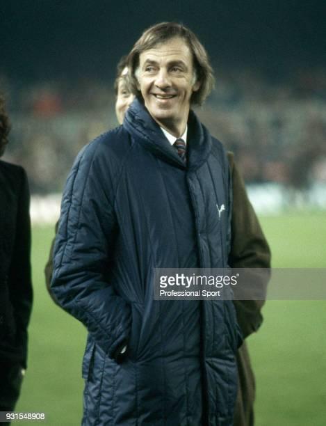 Barcelona coach César Luis Menotti circa 1984