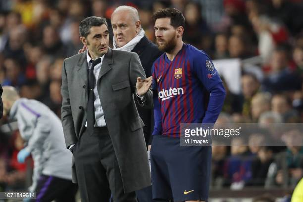 Barcelona coach Ernesto Valverde, Lionel Messi of FC Barcelona during the UEFA Champions League group B match between FC Barcelona and Tottenham...