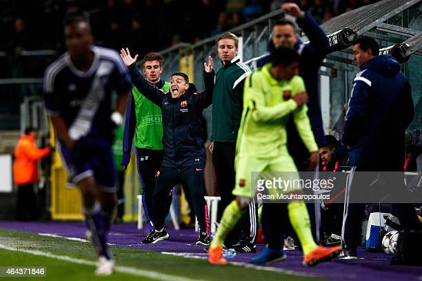 Barcelona Coach Francisco Javier Garcia Pimienta reacts on the sidelines to a referee decision during the UEFA Youth League Round of 16 match between...