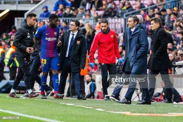 FC Barcelona defender Samuel Umtiti injured for eight weeks removed from the playing field during the match between FC Barcelona vs Celta de Vigo for...